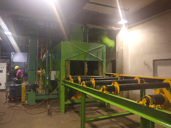 China steel pipes shot blasting machine 2