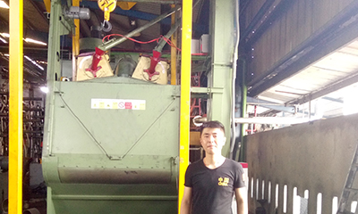 Tumble belt shot blasting machine in Sri Lanka