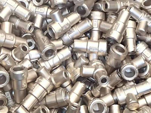 Brass_plumbing_fittings_shot_blasting_machine1.jpg