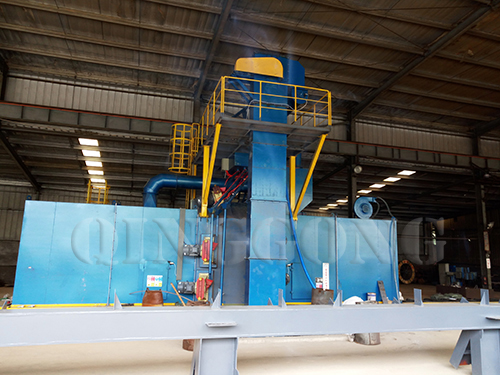 the_bucket_elevator_of_roller_conveyor_shot_blasting_machine.jpg