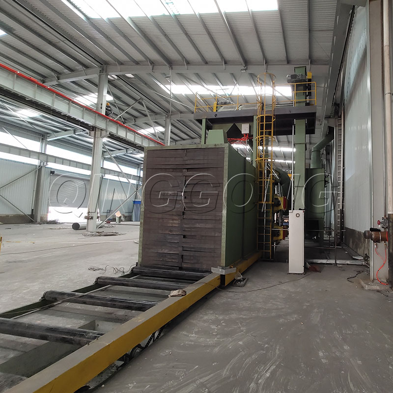 The specific reasons and countermeasures of the abrasive leakage of shot blasting machine 3.jpg