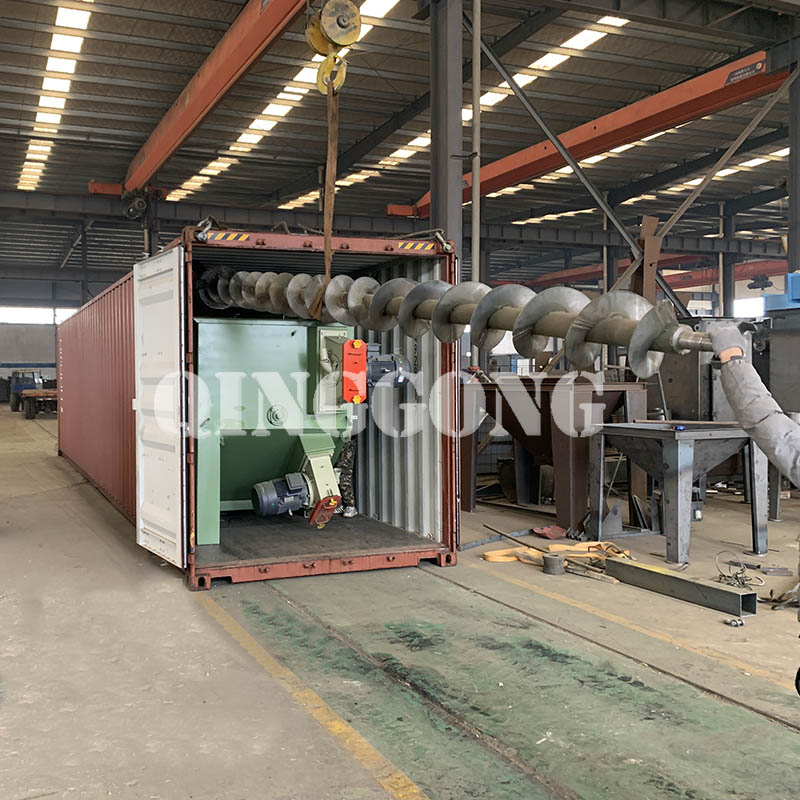 Roller conveyor shot blasting machine shipped to Indonesia 2.jpg