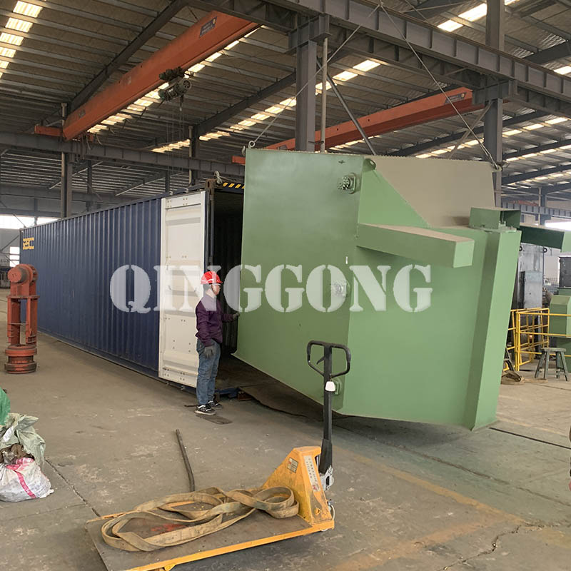 Roller conveyor shot blasting machine shipped to Indonesia 3.jpg